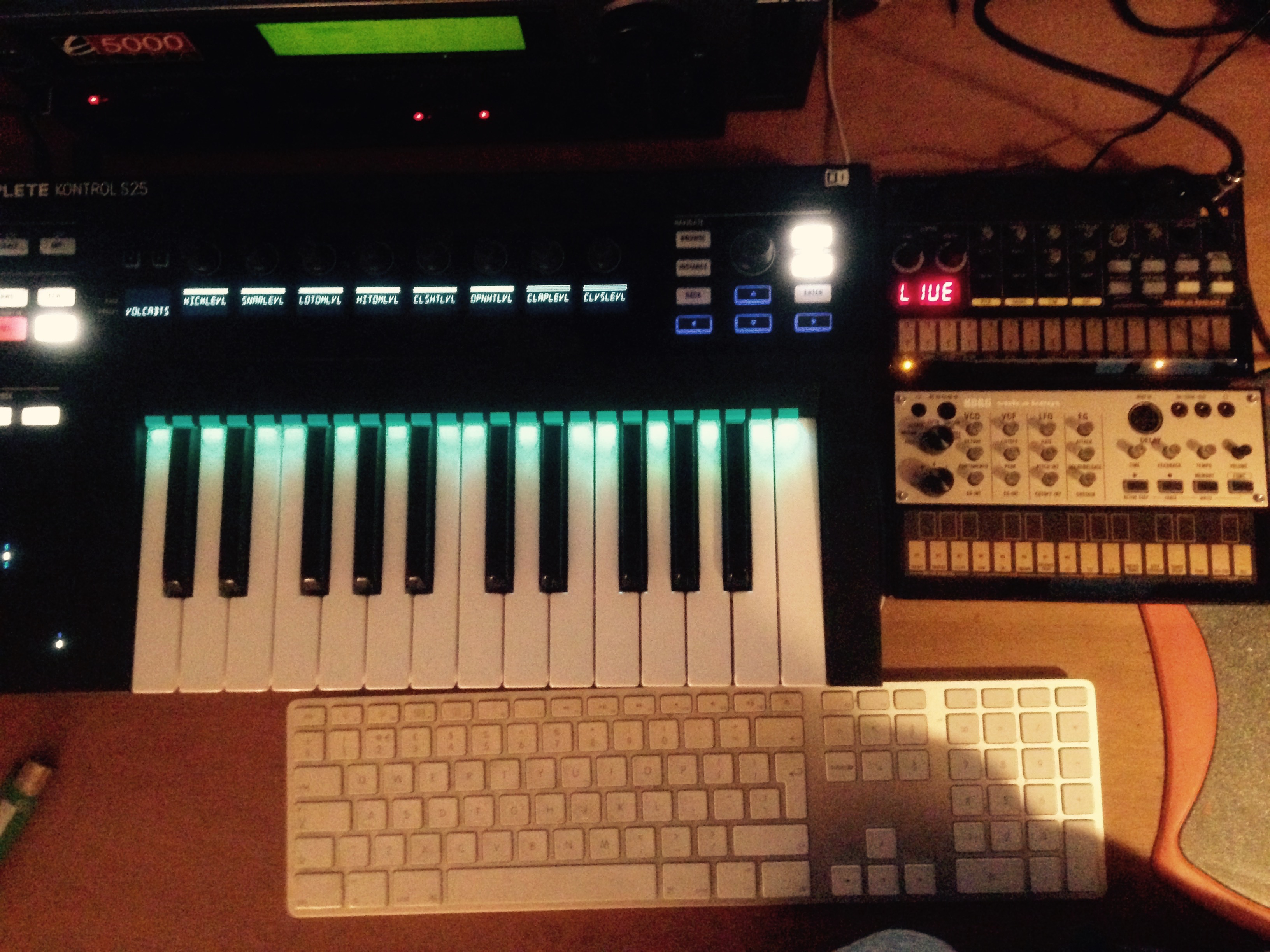 Volca Beats, Keys & NI Komplete Kontrol